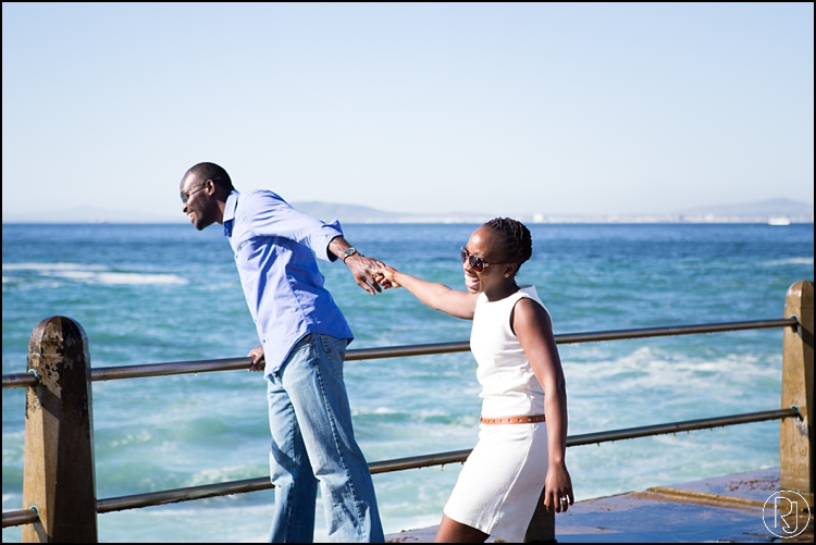RubyJean-Photography-SeaPoint-TableMountain-Engagement-J&A-209