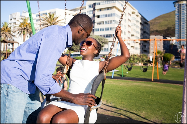 RubyJean-Photography-SeaPoint-TableMountain-Engagement-J&A-235
