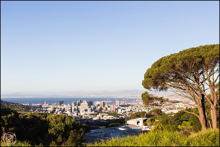 RubyJean-Photography-SeaPoint-TableMountain-Engagement-J&A-237
