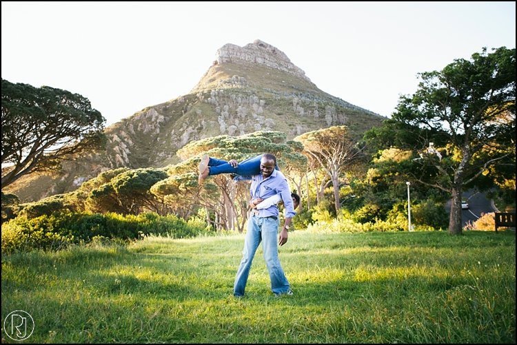 RubyJean-Photography-SeaPoint-TableMountain-Engagement-J&A-248