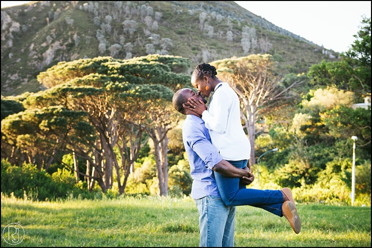 RubyJean-Photography-SeaPoint-TableMountain-Engagement-J&A-249