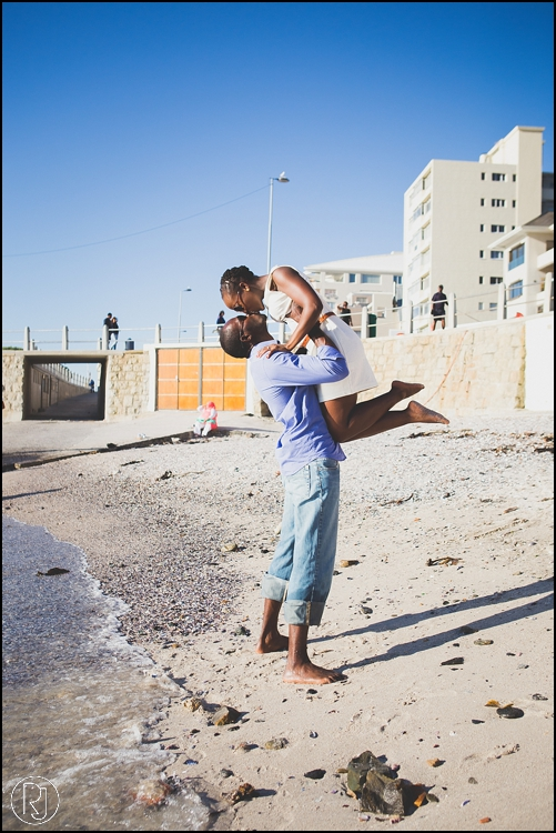 RubyJean-Photography-SeaPoint-TableMountain-Engagement-J&A-259