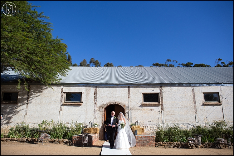 RubyJean-photography-TheDairyShed-Wedding-T&S-966