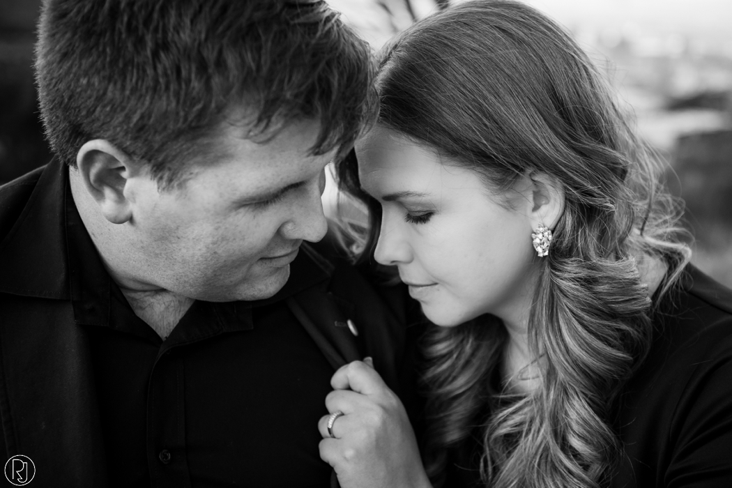 RubyJean_Photography-Tigers_Milk_City_Engagement-S&W-045