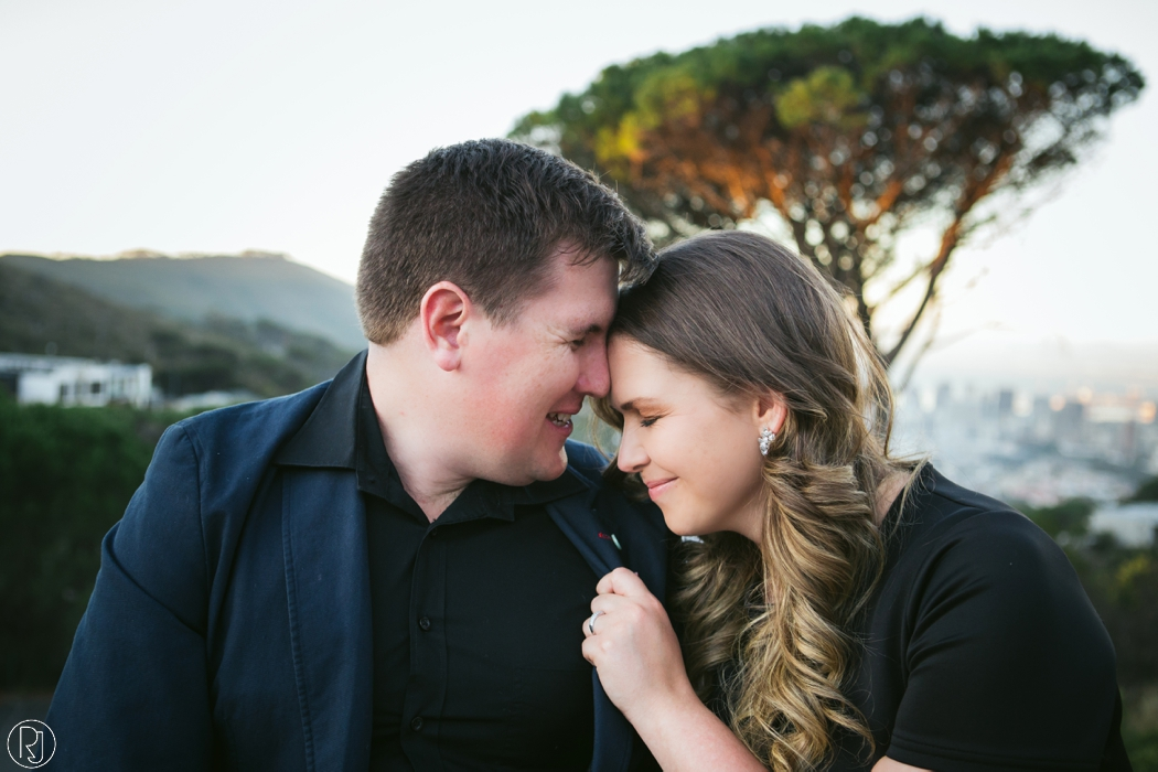 RubyJean_Photography-Tigers_Milk_City_Engagement-S&W-046