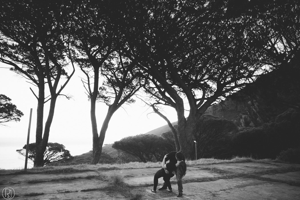 RubyJean_Photography-Tigers_Milk_City_Engagement-S&W-053