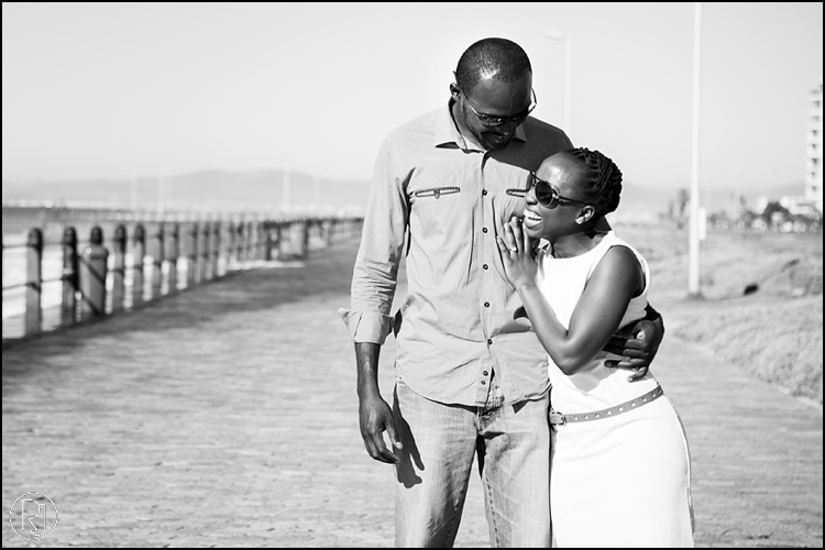 RubyJean-Photography-SeaPoint-TableMountain-Engagement-J&A-211