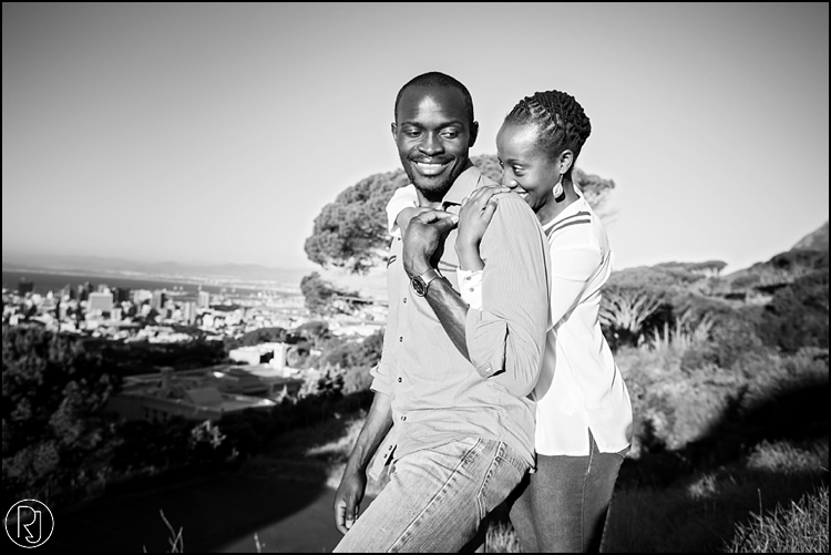 RubyJean-Photography-SeaPoint-TableMountain-Engagement-J&A-239