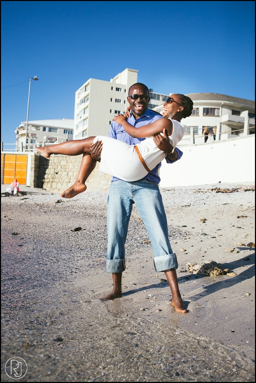 RubyJean-Photography-SeaPoint-TableMountain-Engagement-J&A-260