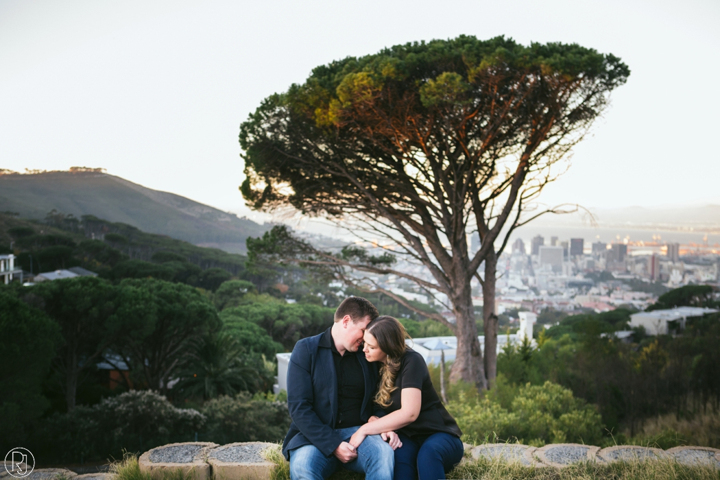 RubyJean_Photography-Tigers_Milk_City_Engagement-S&W-047