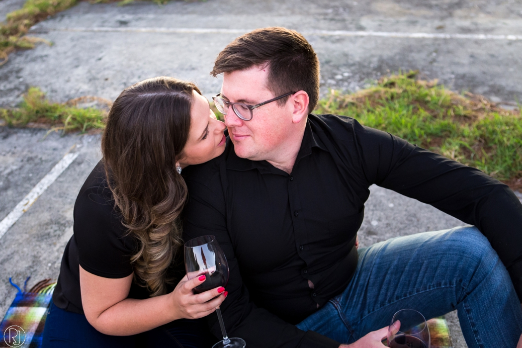 RubyJean_Photography-Tigers_Milk_City_Engagement-S&W-055
